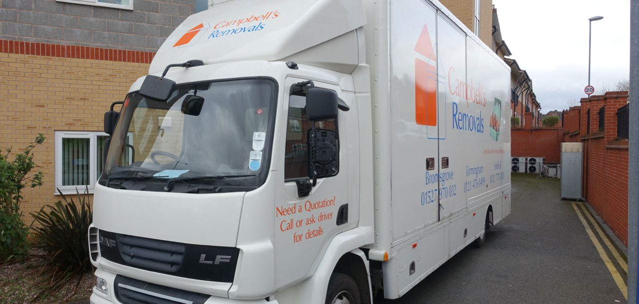 Campbells Removals Bromsgrove moving lorry